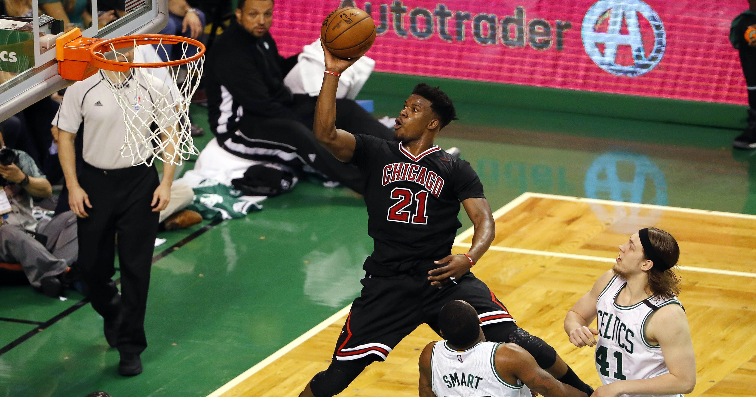 Chicago Bulls Trade Jimmy Butler To Timberwolves For Zach LaVine Kris Dunn No 7