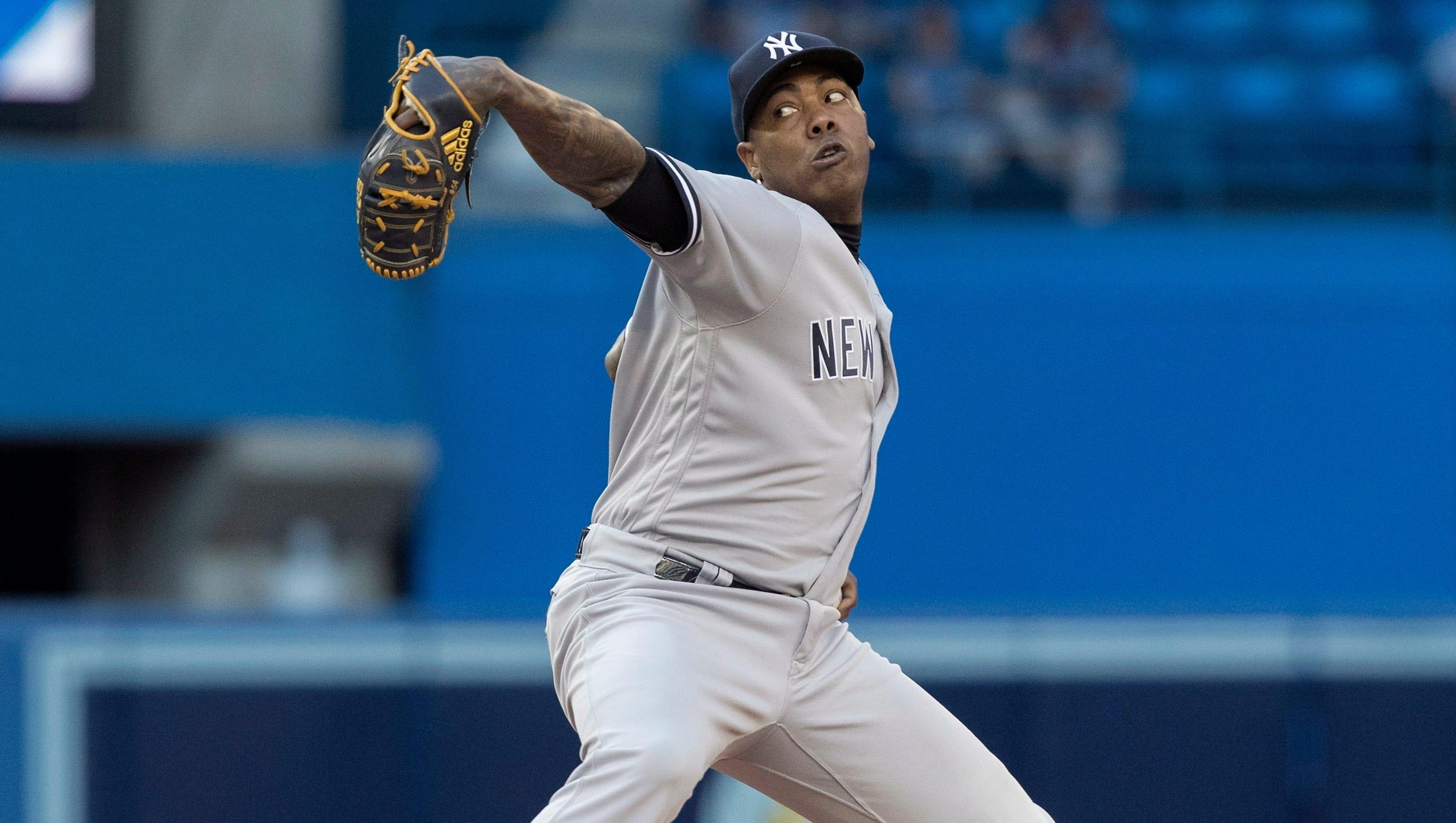 636665913735059825-yankees-blue-jays-baseball-5-