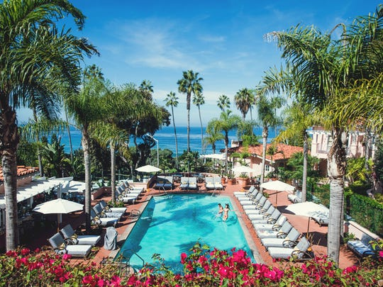 If you are looking for gorgeous beaches, head to La