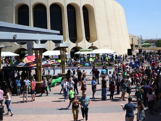 The Sun City Craft Beer Festival drew crowds to Downtown