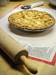 An apple pie is shown.