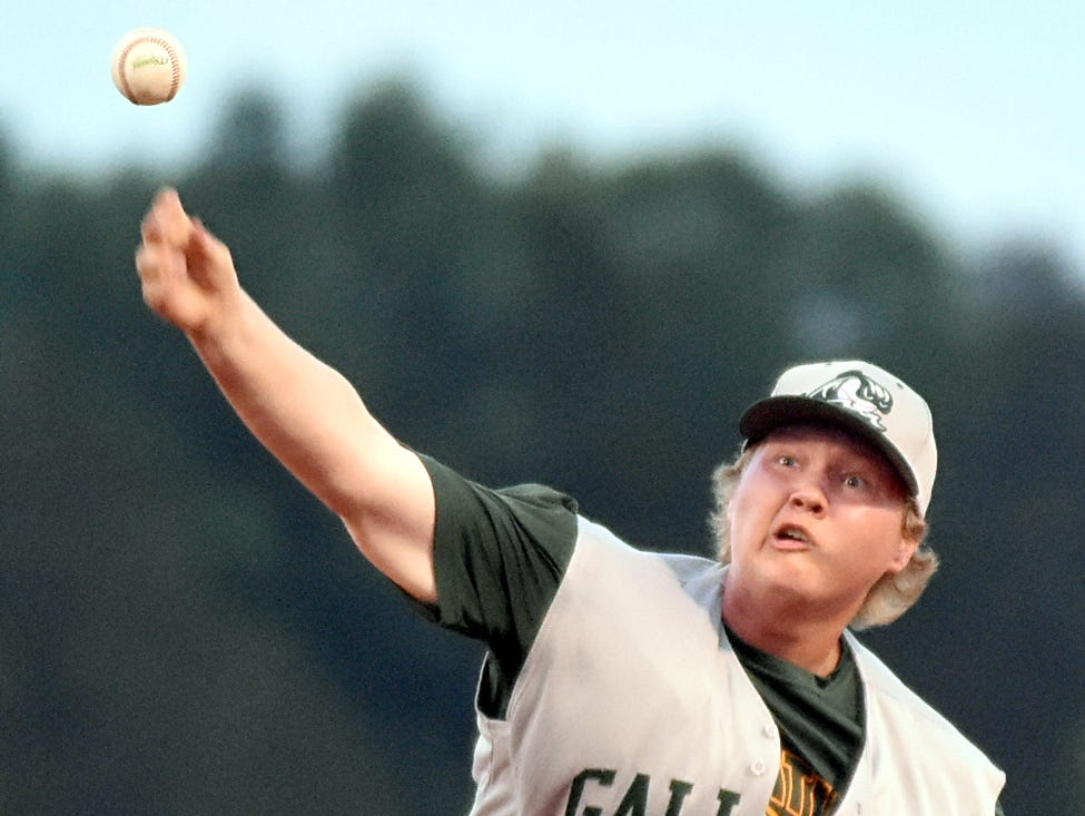 Gallatin High junior Austin McWhirter delivers a second-inning pitch.