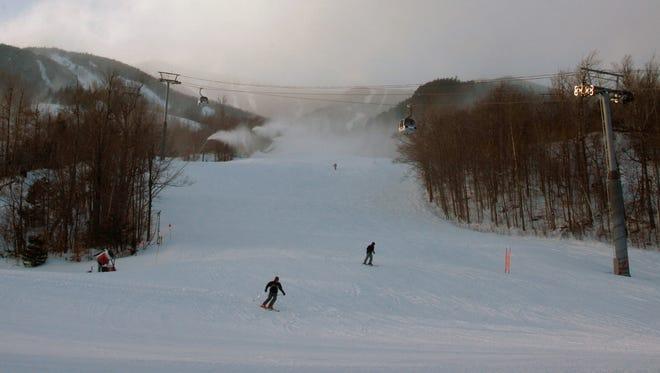 Skiers enjoy the snow at Whiteface Mountain Ski Area in Wilmington, on Jan. 23, 2008.