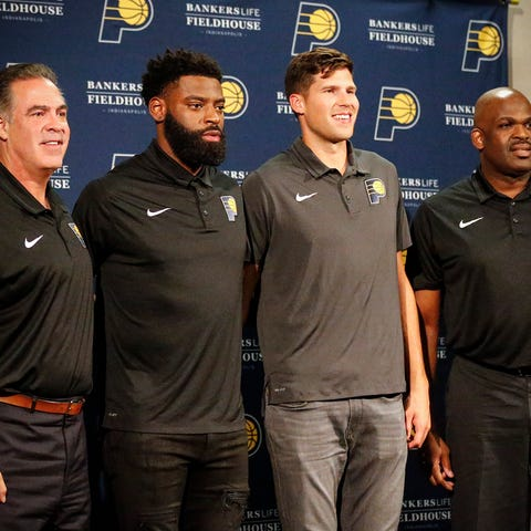 Indiana Pacers officially sign guards Tyreke...