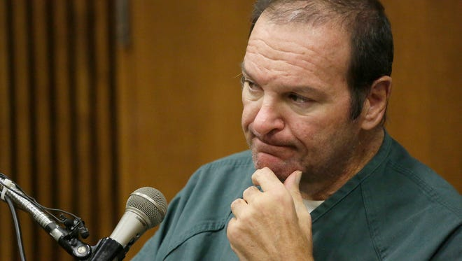Bob Bashara takes the stand in the courtroom of Judge Vonda Evans at the Frank Murphy Hall of Justice on Fri., Oct. 16, 2015 for his hearing on a motion to seek a new trial.