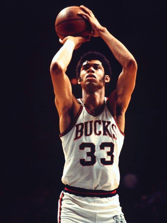 Lew Alcindor, Milwaukee Bucks, Historical, 3/1/70