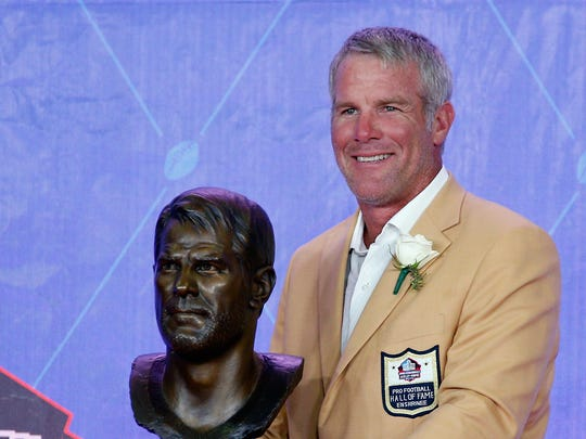 Brett Favre, a member of the Pro Football Hall of Fame, will be inducted to the Wisconsin Athletic Hall of Fame in June 2020.