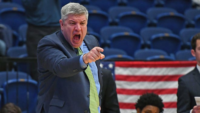 Siena coach Jimmy Patsos gestures during the first half against George Washington in a 2016 game.