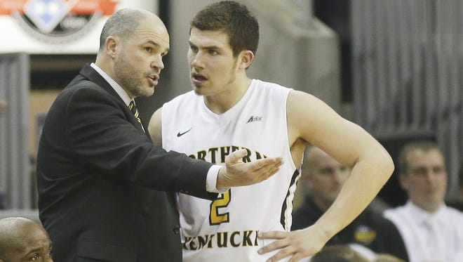 NKU coach Dave Bezold talks with Tayler Persons in December.