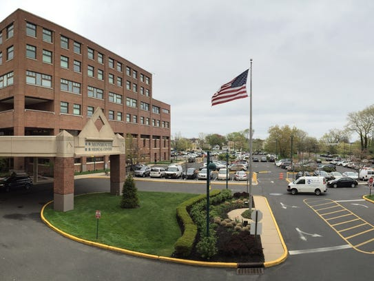 Exterior on the main entrance at Monmouth Medical Center