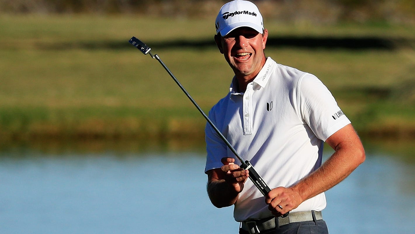 Lucas Glover takes 1-shot lead at Shriners Open in Las Vegas