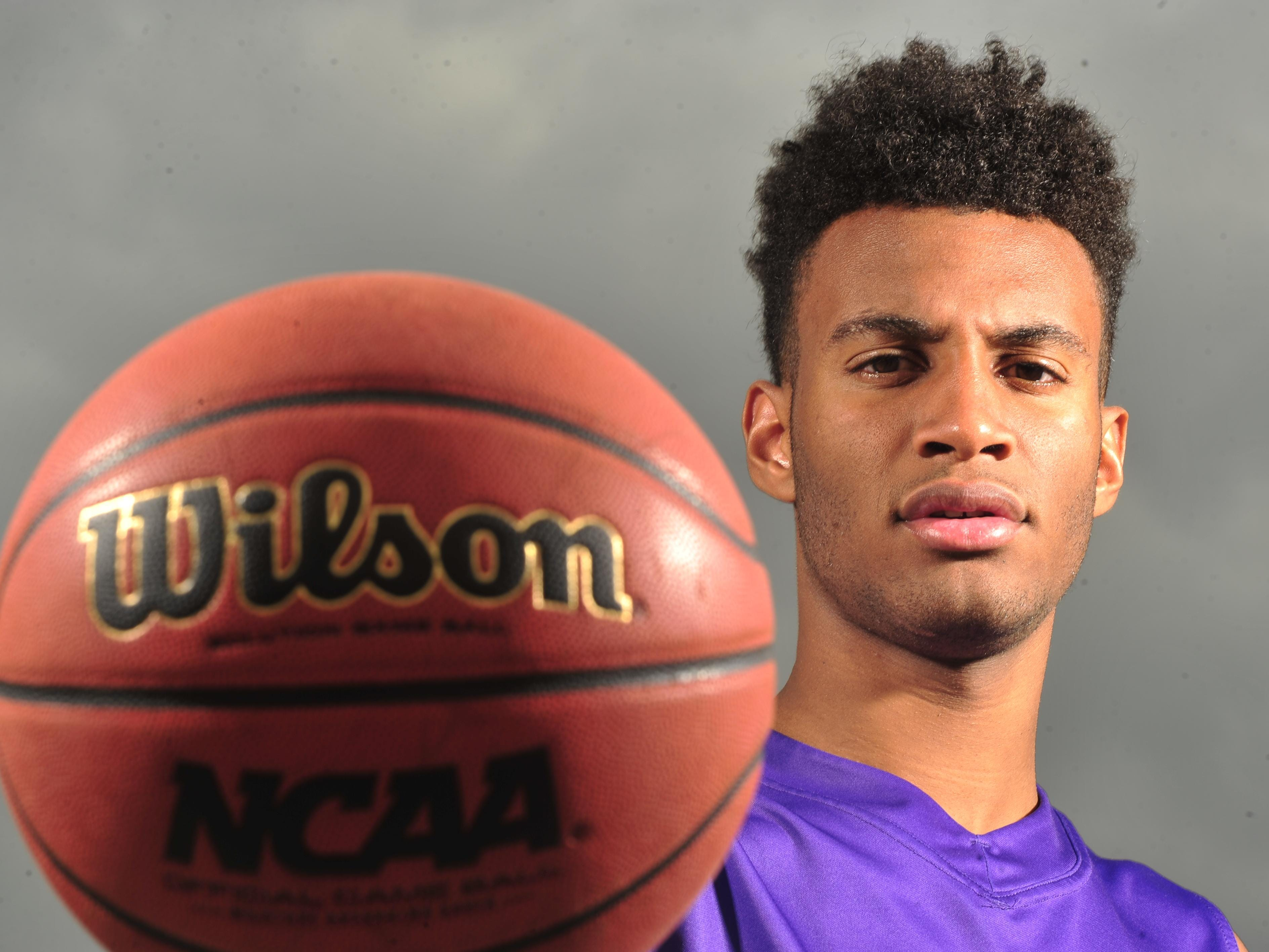 CPA's Braxton Blackwell is transferring to Oak Hill Academy.