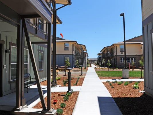 160713 jd ag housing05