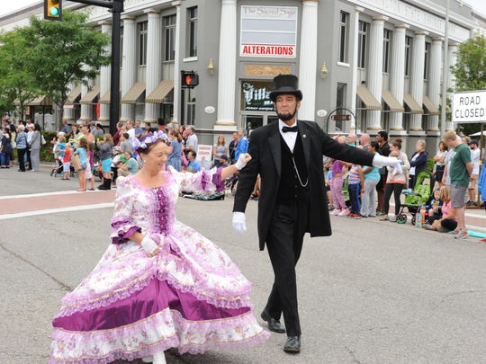 Abraham Lincoln and his wife made a visit to last year's