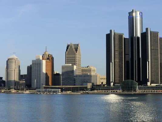 Detroit-Skyline-04