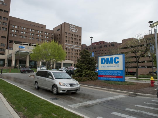 The Detroit Medical Center is set to lose accreditation for its training program for neurosurgeons in June 2020.