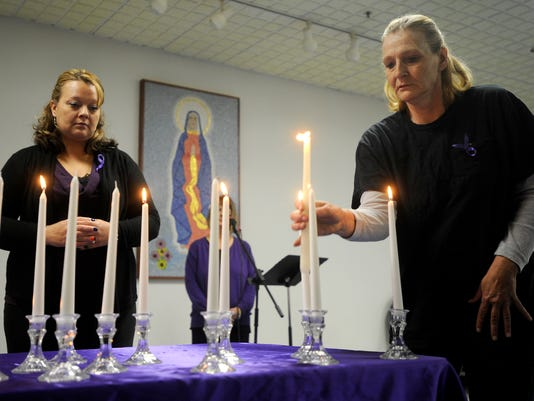 1023 DOMESTIC VIOLENCE VIGIL-1