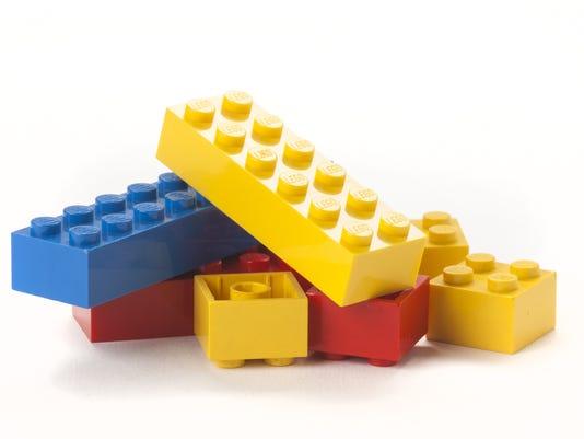 stc 1105 lego.jpg