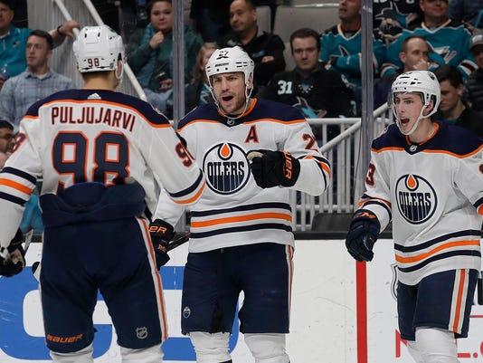 Oilers_Sharks_Hockey_70449.jpg