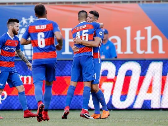 FC Cincinnati celebrates after a goal by FC Cincinnati