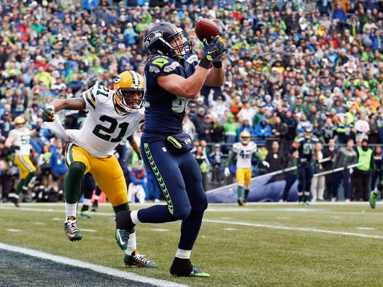 Seattle Seahawks receiver Luke Willson catches a two-point conversion pass in front of Green Bay Packers safety Ha Ha Clinton-Dix during the fourth quarter of Sunday's NFC championship game at CenturyLink Field in Seattle.