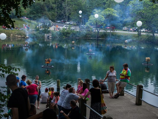 635793132577413615-City-Life-pond
