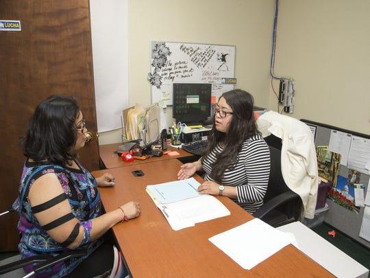 Abril Gallardo de LUCHA ha ayudado a decenas de personas
