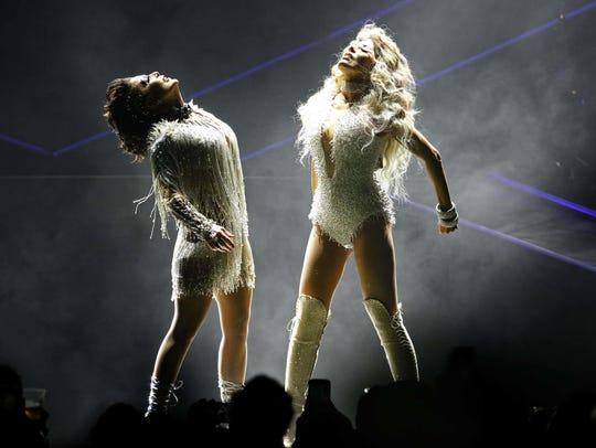 Alejandra Guzmán (left) and Gloria Trevi will perform