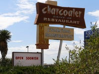 El Paso restaurateurs to reopen Charcoaler hamburger stand