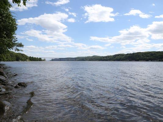 Hudson River Quiet Cove Park