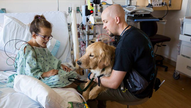 Denver and Anna are here to comfort patients and families through bedside visits, as well as to provide motivation and assistance during certain types of therapy and rehabilitation.