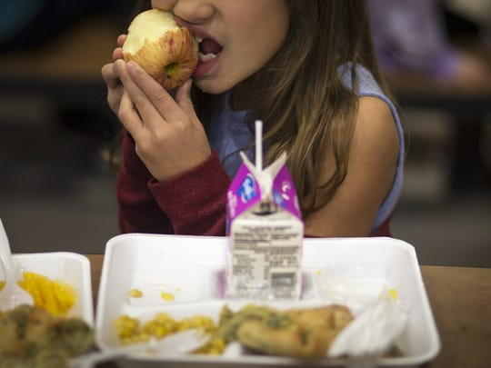 Students get lunch on Jan. 12, 2018, at Sonoran Foothills