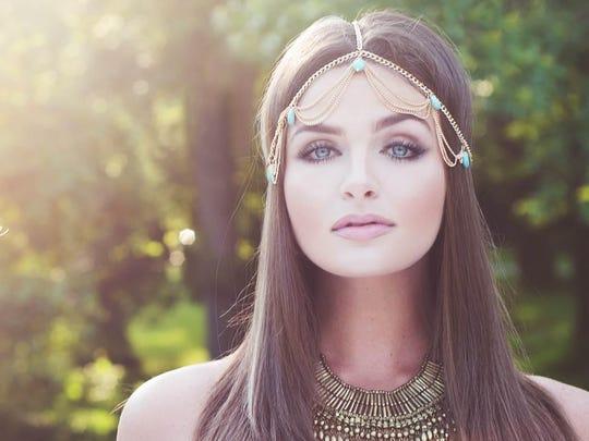 Wilmington native Delanie Arin Dischert will compete in the new season of 'America's Next Top Model.'