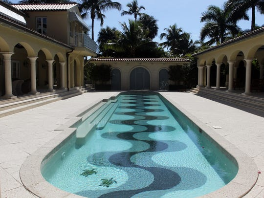This is the swimming pool at 17 7th Ave South in Naples.