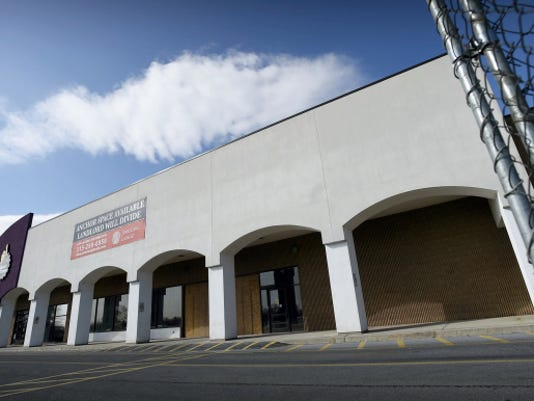 Michael K. Dakota - Lebanon Daily News Currently vacant, an anchor property located at the Lebanon Valley Mall may see a new tenant. PriceRight, a discount food retailer, has plans for the area.