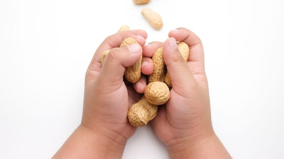 "Justin Baldoni of ""Jane the Virgin"" is urging parents to look at research that suggest introducing peanuts to kids at infancy can prevent peanut-allergy development."