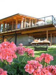 Treehouse Tasting Room at Vista Hills Vineyard in the