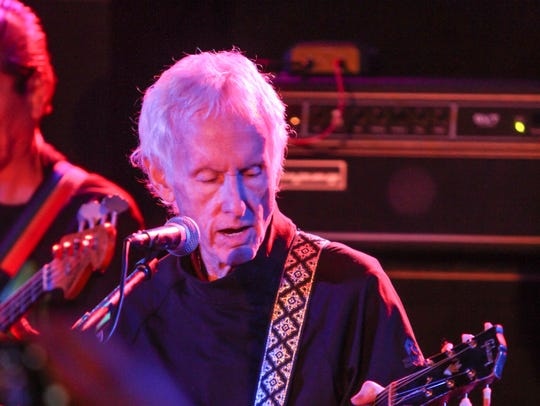 Robby Krieger, guitarist for The Doors, plays with