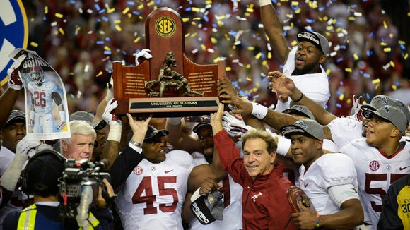 Alabama celebrates after beating Missouri at the SEC
