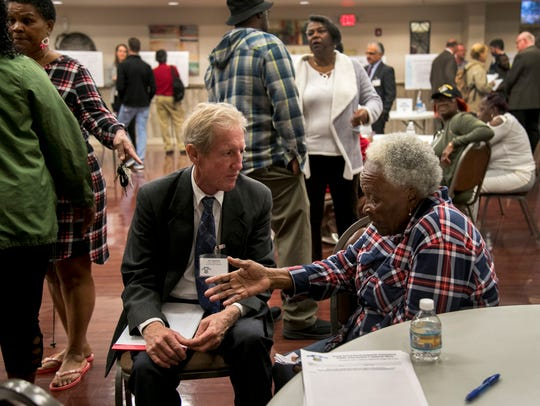 Annie Freeman talks to Jon Iglehart of the Florida