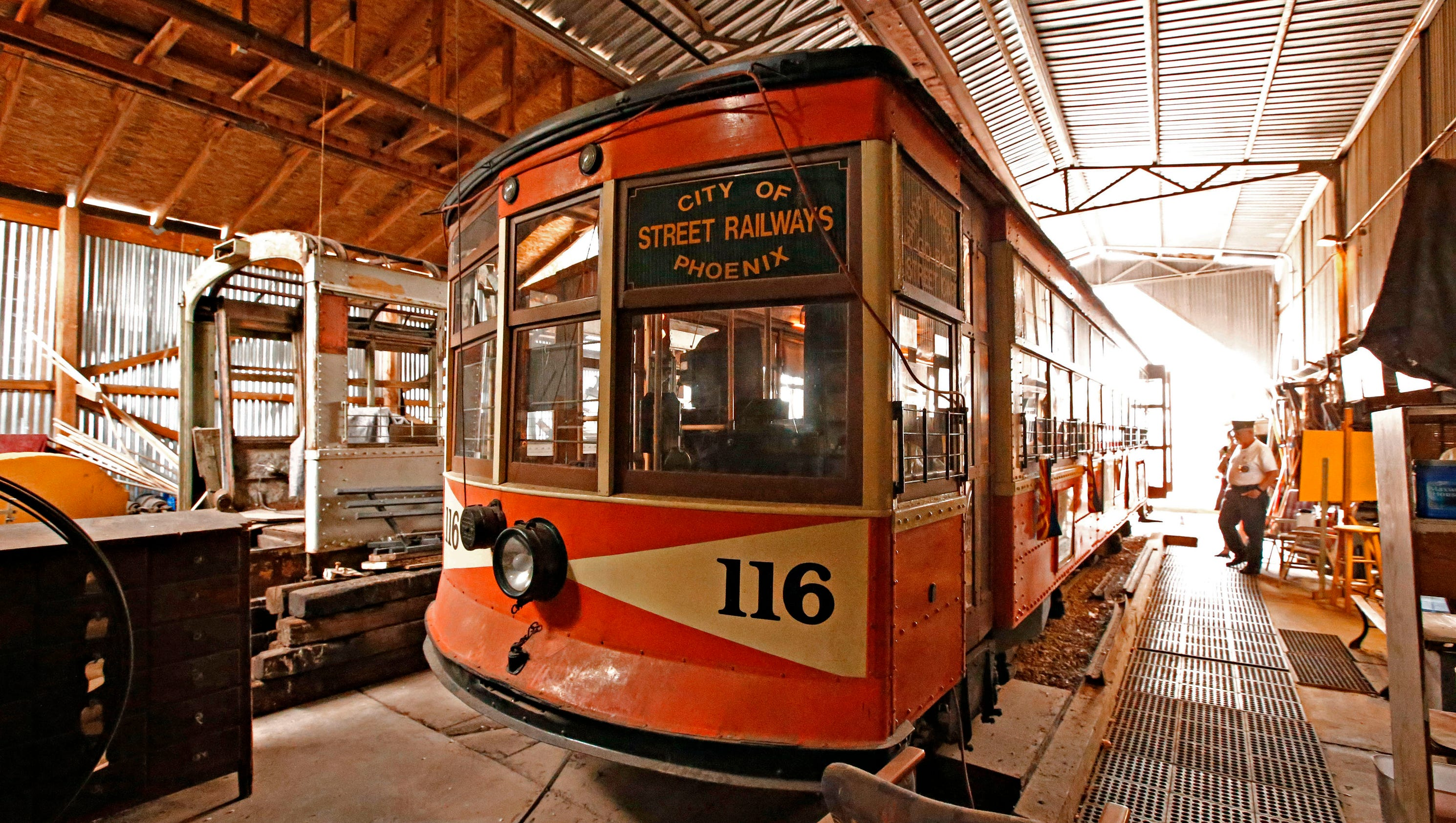City last historical phoenix trolleys must leave hance park for Today s interiors phoenix