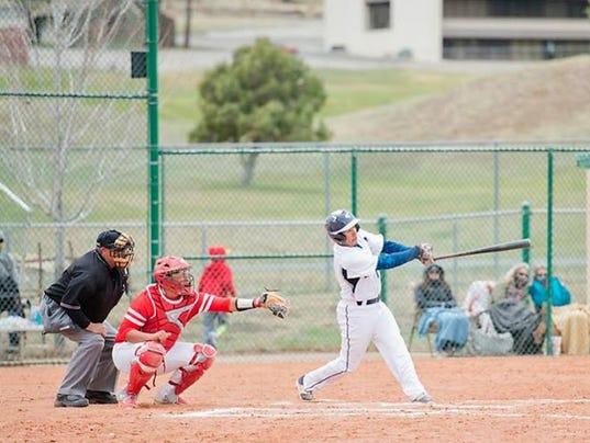 -RHS-baseball1-.jpg