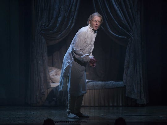 "Jonathan Wainwright, who played Scrooge in Milwaukee Repertory Theater's ""A Christmas Carol"" in 2016, returns as the miser in this year's production."