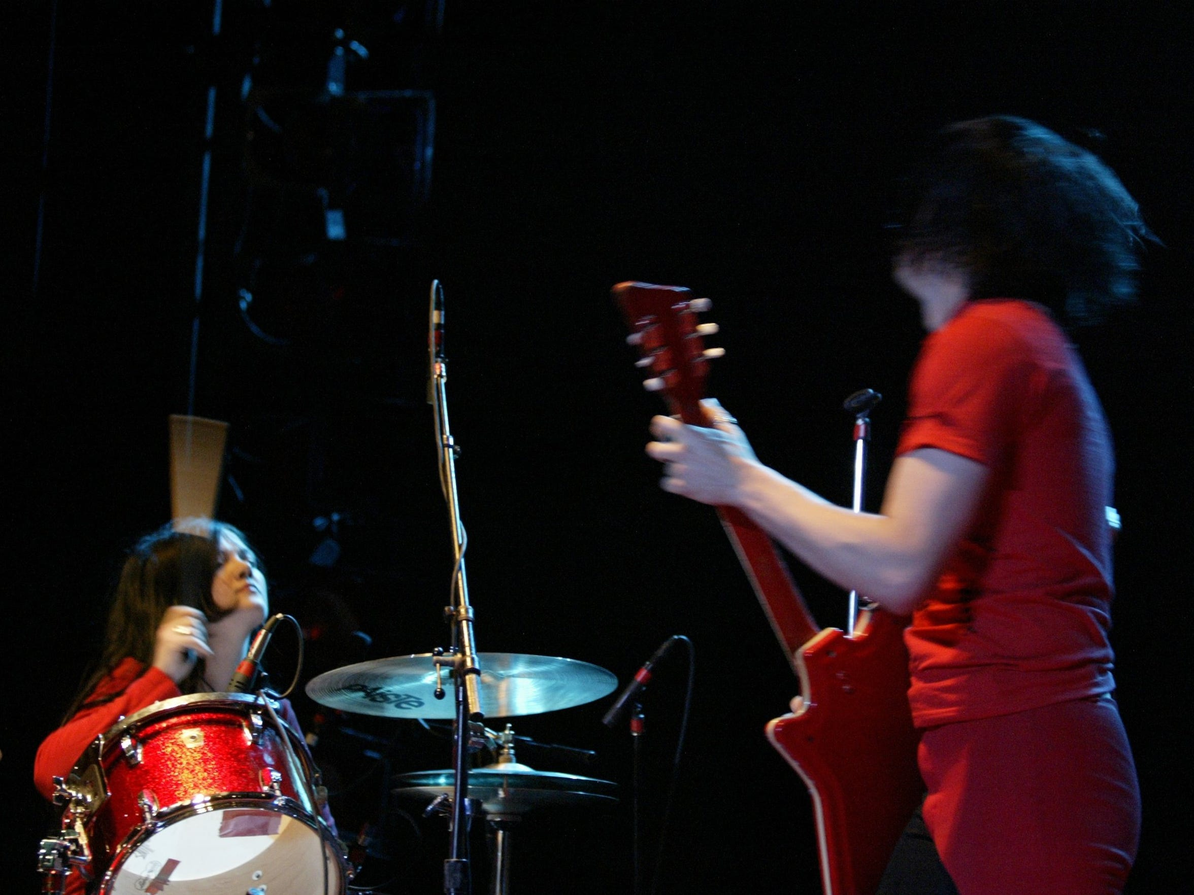 Jack and Meg White performing at Detroit's Masonic
