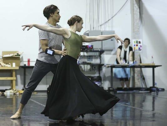 Ballet Des Moines art - 02