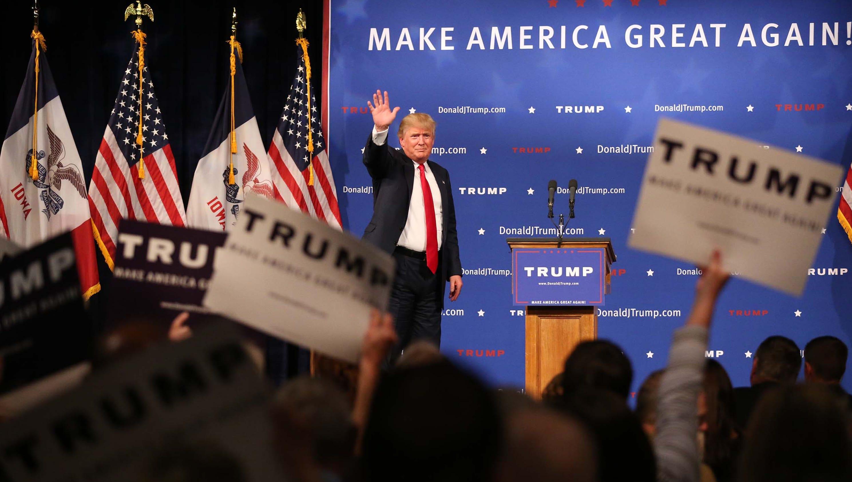 27 photos: Donald Trump rally in Des Moines