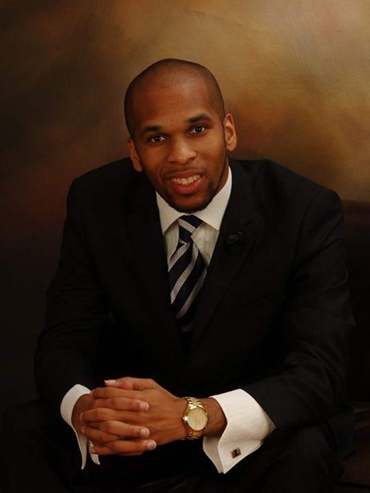 Pastor_Edwrin_Sutton.jpg