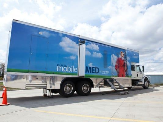 635592131629010591-mobileMED-Truck-05.19.14-02