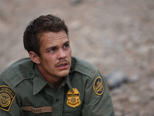 "In ""Transpecos,"" Benjamin Davis (Johnny Simmons) gets"