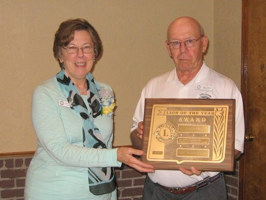 Apalachin Lion President, Judy Murphy presents the